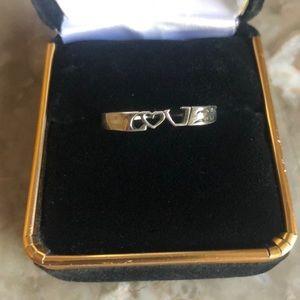 ❤️ LOVE Ring